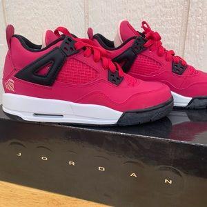 Air Jordan 4 Retro GS